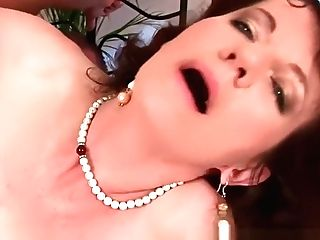 Matures Mom With Hairy Goods And Underarms Fucked Deep