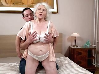 Tantalizing Mummy Tempts Youthfull Boy With Dt And Fuck