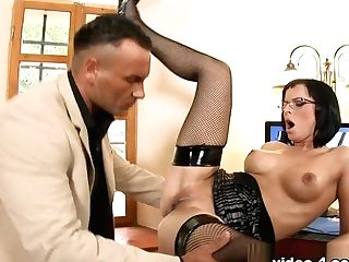 Lauro Giotto & Renata Black In She's So Dedicated That She Lets Her Chief Fuck Her Bum - Bestgonzo