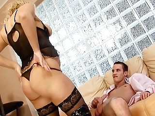 Matures Getting Satisfaction With Stud's Fuck Stick In Her Horny. Hot Mouth