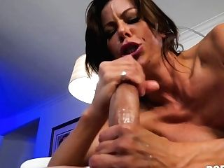 Big-titted Wifey Takes Penis - Alexis Fawx
