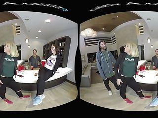 Silicon Valley Fucky-fucky Soiree Featuring Jade Nile, Moka Mora, And Zoey Monroe - Naughtyamericavr