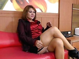 Kinky Brazilian Housewife Having The Time Of Her Life - Maturenl