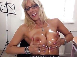 German Housewife Fooling Around
