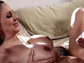 Mommy Fucks In Insane Modes And Can't Wait To Gulp Some