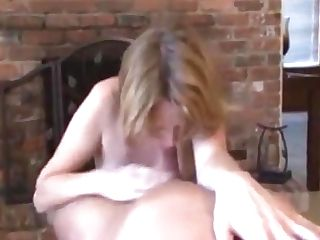 Hot Mom Gives Bj And Hj And Gets All The Spunk