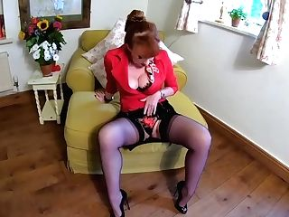 Brit Matures Crimson Xxx Loosens Some Stress After Work