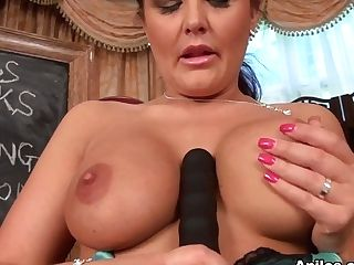 Elle Brook In Tool Lessons - Anilos