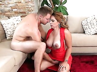 Brown-haired Senora Gives Pleasure To Herself Using Electro-hitachi