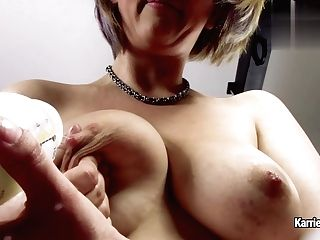 Karrie Kellie - Arm Voicing My Milk For You!