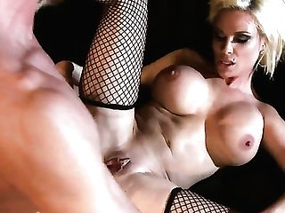Blonde With Big Fun Bags Gets Ruthlessly Fucked In Her Mouth By Lucky Man