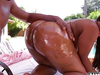 Dark-skinned Bunny Ms London Xxx Black Fuck-a-thon