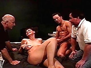 Double Penetration Buttfuck Threesome Swapper Wifey Fucks Strangers