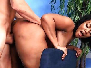Soapy Interracial Fucky-fucky With Oliver Flynn & Mimi Bodacious