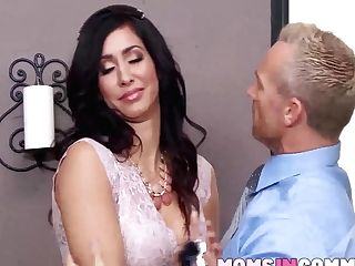 Ariana Marie And Isis Love Share A Spunk-pump While On Work